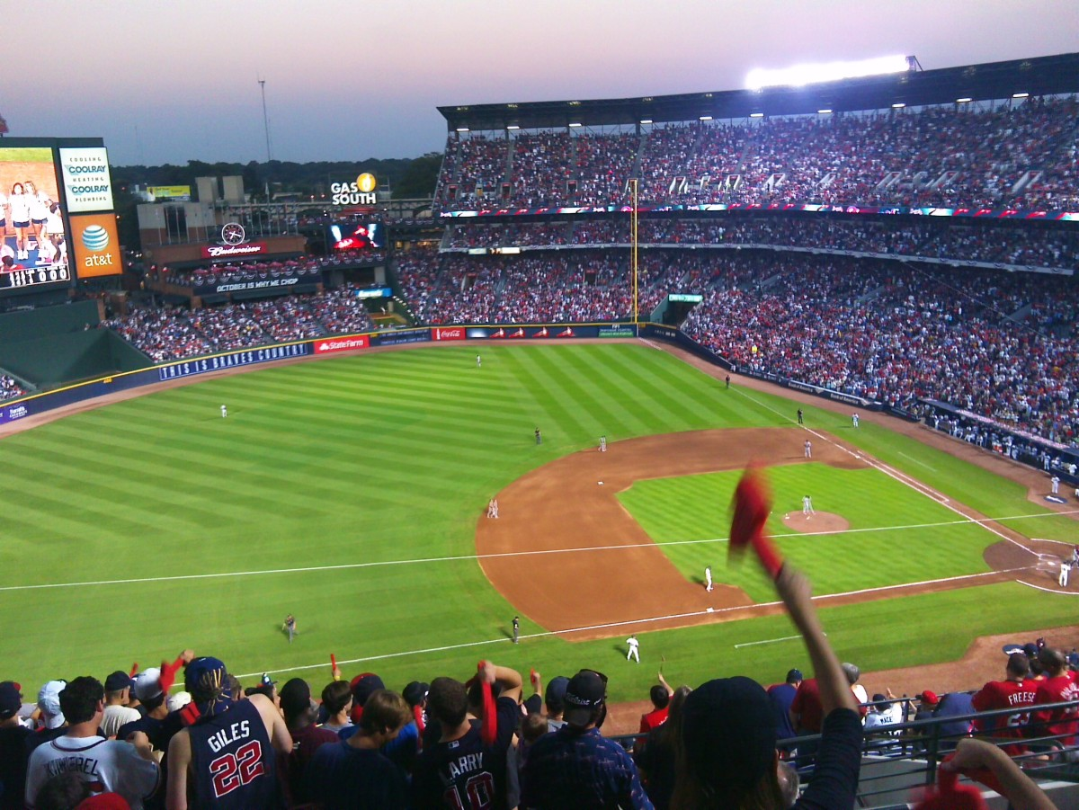 Is throwing trash on the field ever okay? Musings from the upper deck at the Cardinals/Braves Wild Card Game